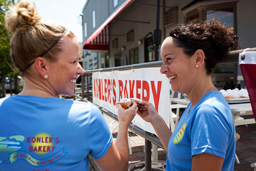 kohlers-bakery-colleen-and-katie